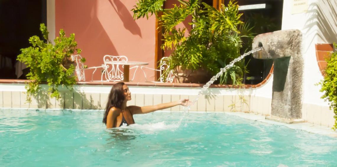 piscina esterna1
